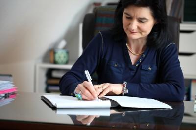 Présentation Sandra Schuhler-Bastian